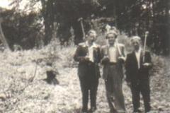 1948_Schützen_Sommerfest_von_links_Karl_Specking,_Helmut_Kroscher,_Franz_Bowe