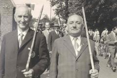 ca. 1960 v.l.vorne Hr. Roßmöller, Gehr. Baumeister sen., hinten mit Hut Droppelmann, links Viktor Häming