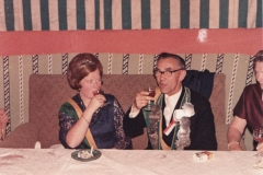 1966_Königspaar_am_Thron_Frz.Marpert-Hanna_Kramer_,Bild_2