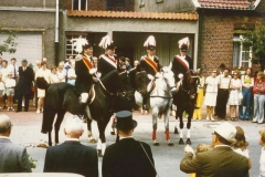 1975_Parade_Schützenfest_v.l._Josef_Sundorf_Oberst,_Adjudant_Jos._Vögeding,_Major_Herm._Terhörst,_Adjudant_Herbert_Richter