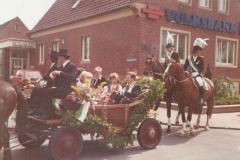 1978Parade_Ulrich_Elbers_u_Helga_Sprey-3