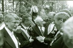 1986_Gratulationen_bei_Kaiser_Franz_Muckelmann